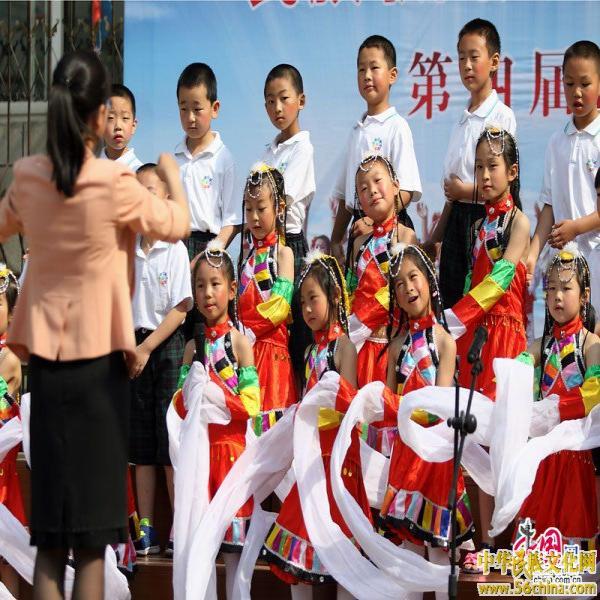 童心共筑中国梦:北京小学生庆祝六一儿童节